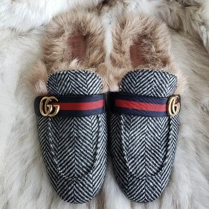 283f652e92e Gucci Shoes - Gucci Herringbone Princeton Fur Loafer Double G 11